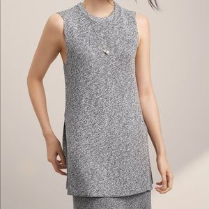 Aritzia Wilfred Palmier Grey Sleeveless Knit Top